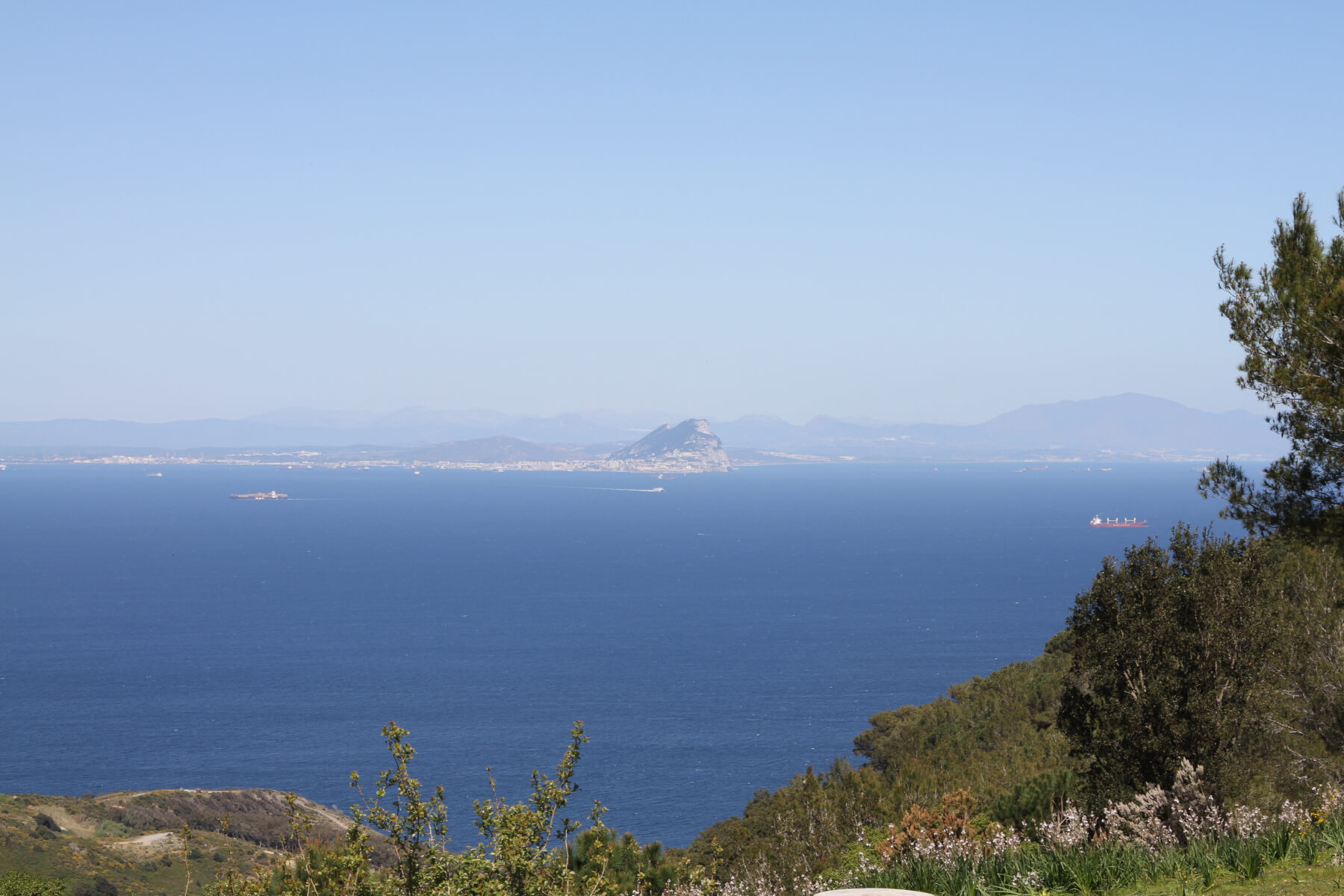 Gibraltar vista desde Ceuta
